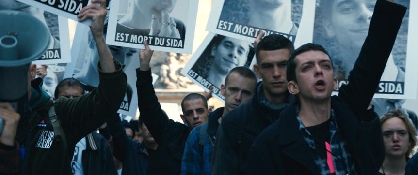 120-BPM©Les-Films-de-Pierre-France-3-Cinéma-Page-114-Memento-Films-Production-FD-Production_0369029.jpg